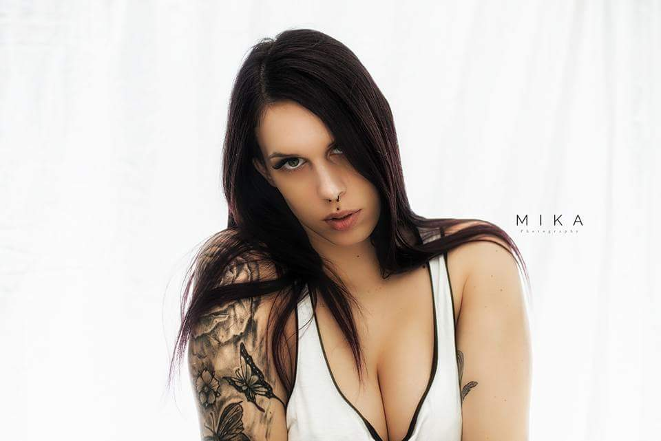 Vanessa nackt inked Naked Celebrity